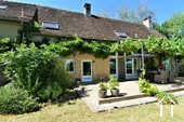 Renovated farmhouse with guest area and great views